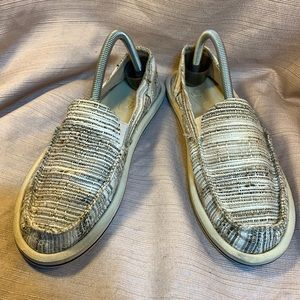 Sanuk almost NEW loafers in cream tweed yoga mat